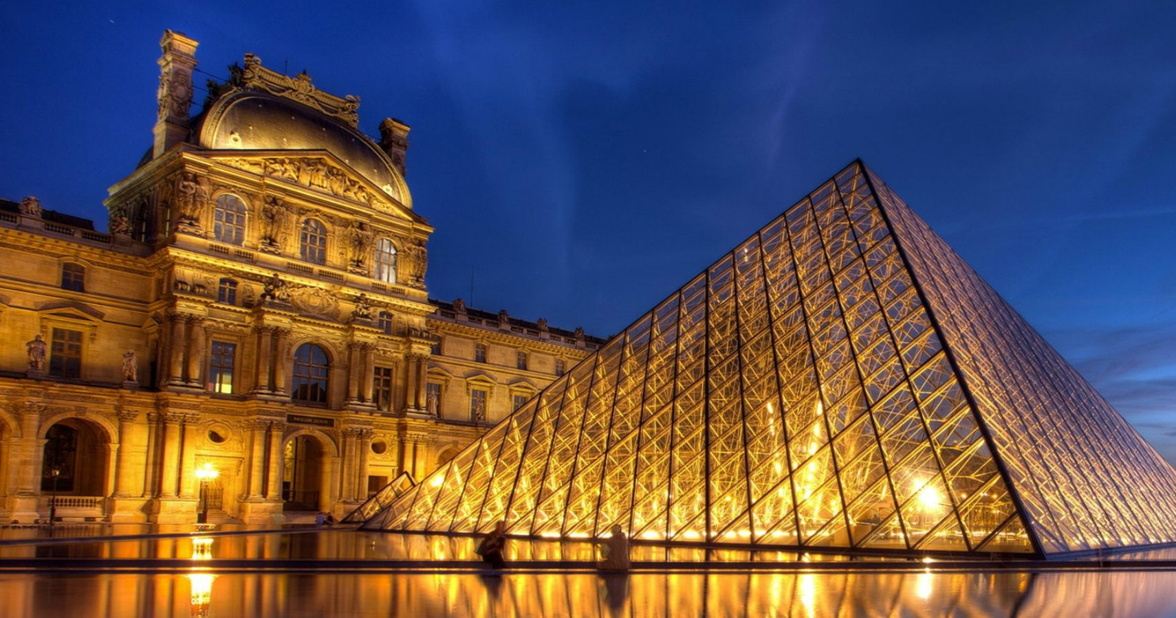 Airbnb Giving Away Free Overnight Stay At The Louvre | TheThings