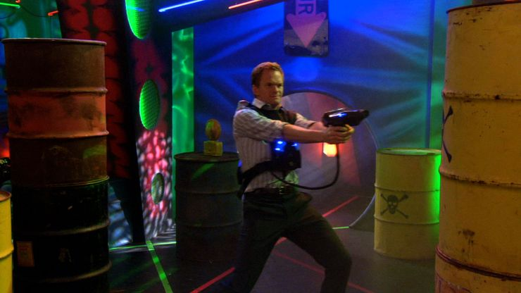 How-I-Met-Your-Mother-Barney-Laser-Tag.jpg (740×416)