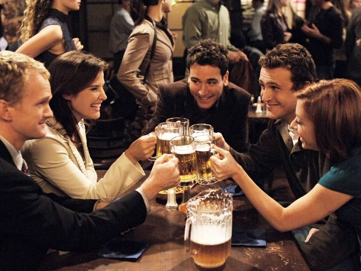 How-I-Met-Your-Mother-Cast-MacLarens-Drinks.jpg (740×555)