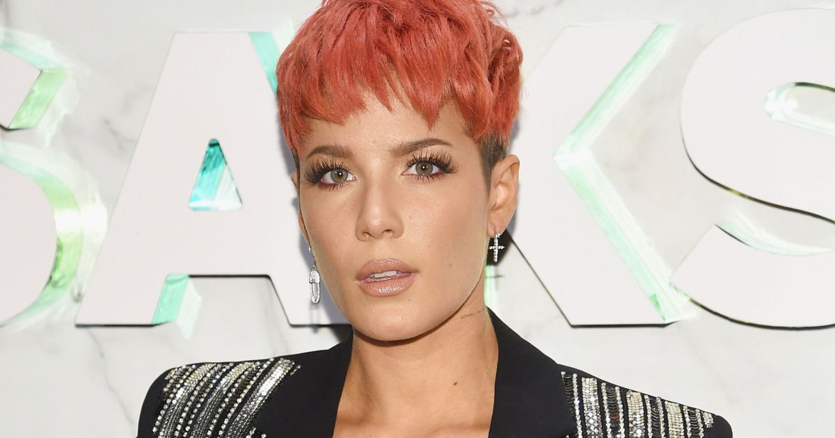 Halsey Calls Out The Grammys For Being All About 'Bribes' And 'Knowing The Right People' To Get Nominated