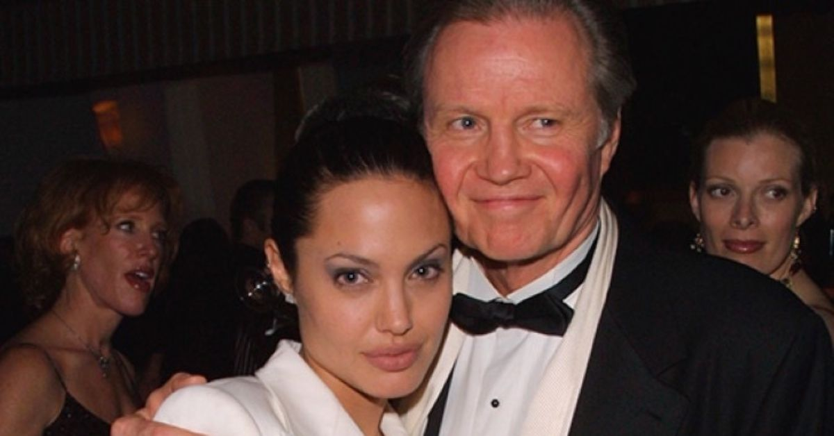This Is Why Angelina Goes By 'Jolie' And Not 'Voight'