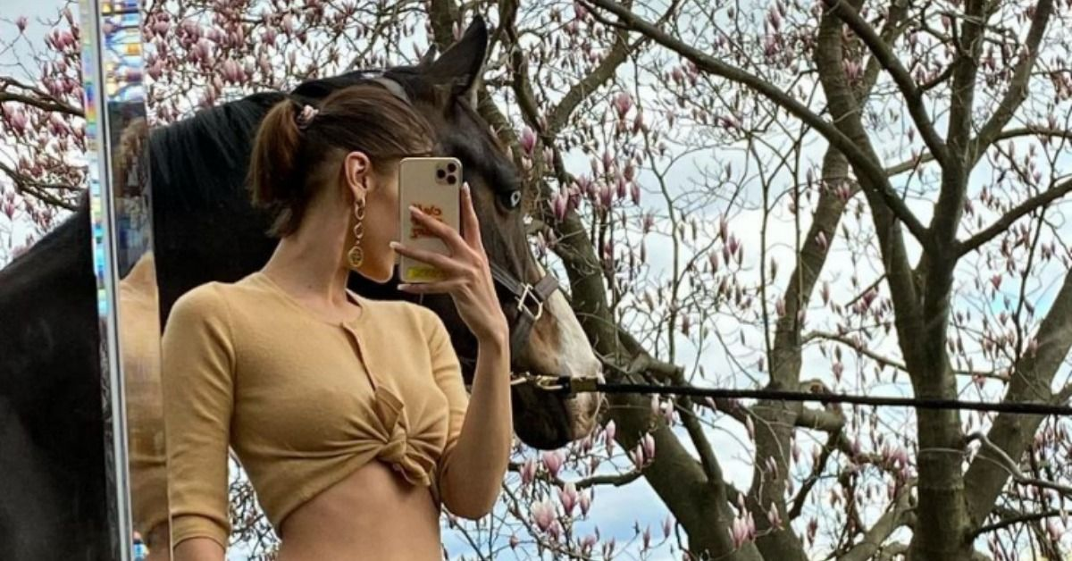 Bella Hadid Shares TB Photo Featuring Mischievous Horses