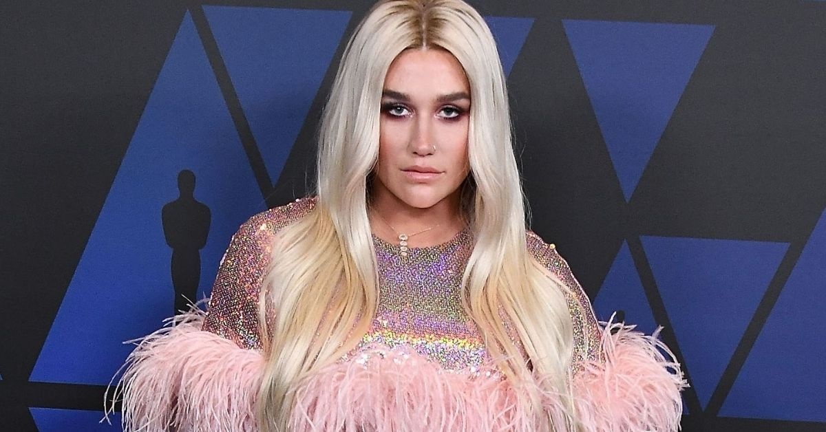 Is Kesha's 'Little Bit Of Love' Outfit An Ode To Her Freedom After Dr. Luke?