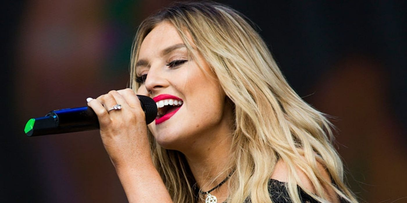 Does Perrie Edwards Still Have The Engagement Ring That Zayn Malik Gave Her?